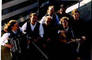 Ransta Trädgård på taket i Flogsta våren 1998.